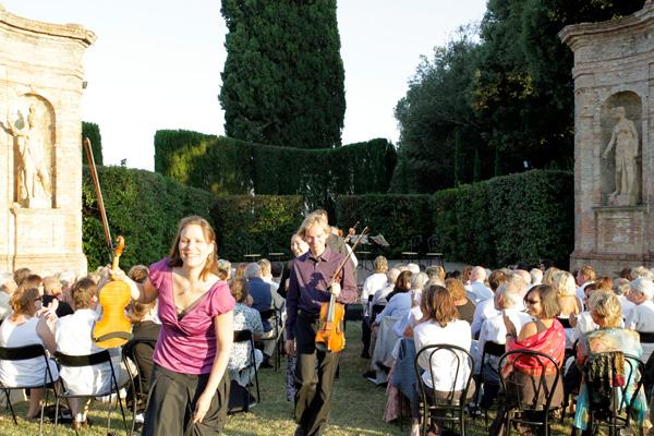 Concert - Villa di Geggiano (Photo: Romain d'Ansembourg)