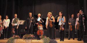 Last applause of Festival 2013 - Teatro degli Astrusi (Photo; Monique Kuylaars)