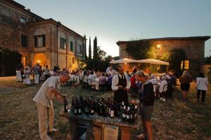 Buffet dinner - Villa di Geggiano (Photo: Romain d'Ansembourg)