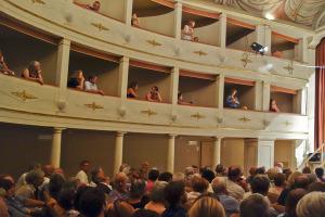 Teatro degli Astrusi audience