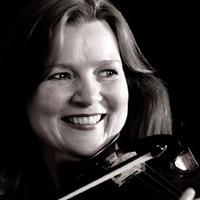 Henriette Luytjes - violin / violino