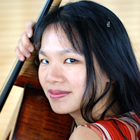 Julia Tom - cello / violoncello